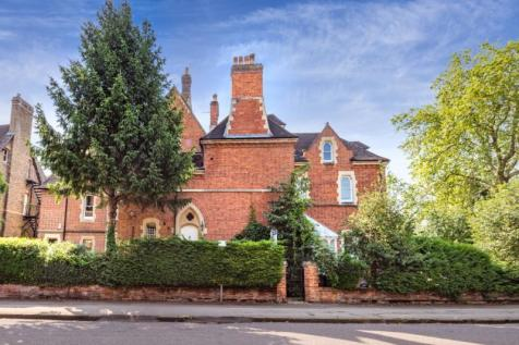 Norham Gardens, Oxford, Oxfordshire. 4 bedroom terraced house