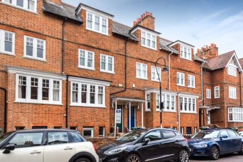 St. Bernards Road, Oxford, Oxfordshire. 4 bedroom terraced house