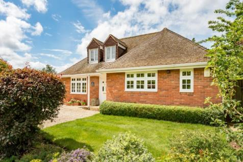 The Corner House, Woodstock Close, Oxford. 4 bedroom detached house