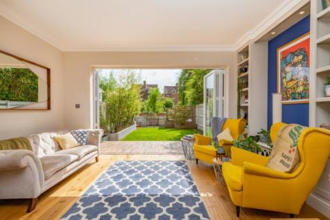 The Villas, Rutherway, Oxford, Oxfordshire. 4 bedroom terraced house