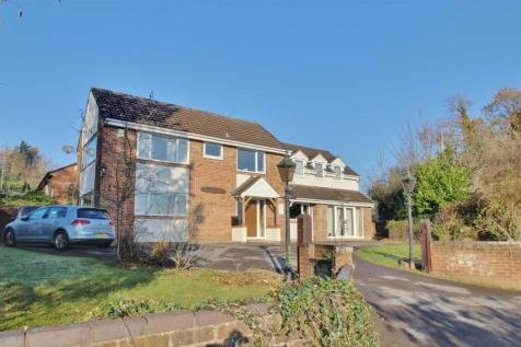 May Hill, Longhope. 6 bedroom detached house