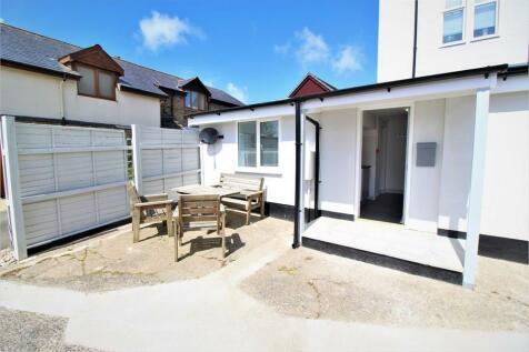 29 Bay View Road, Northam, BIDEFORD, Devon. 1 bedroom apartment
