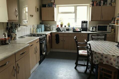 Park Road, Nottingham. 4 bedroom terraced house
