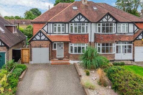 Forest Ridge, Beckenham. 4 bedroom semi-detached house