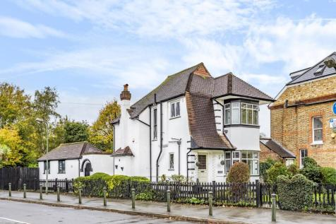 Kings Hall Road, Beckenham. 3 bedroom detached house for sale