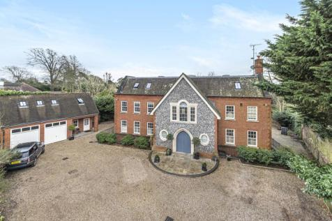 Chislehurst Road, Bromley. 7 bedroom detached house