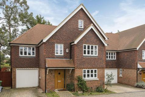 Blackbrook Lane, Bickley. 4 bedroom detached house