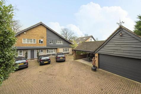 St. Georges Road West, Bickley. 5 bedroom detached house for sale