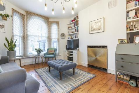 Brailsford Road, Brixton. 2 bedroom flat for sale
