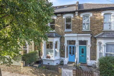 Montem Street, Stroud Green. 4 bedroom terraced house