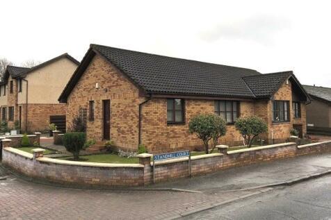 Standhill Court, Bathgate, West Lothian, EH48. 2 bedroom semi-detached house