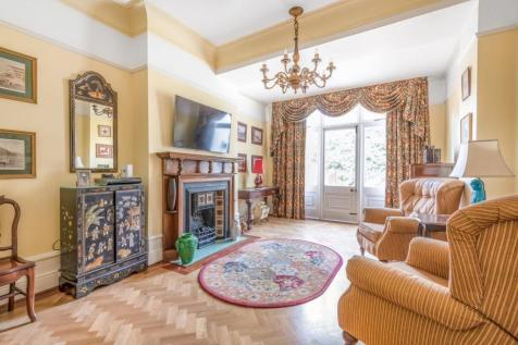 Earlsthorpe Road, Sydenham. 4 bedroom terraced house for sale