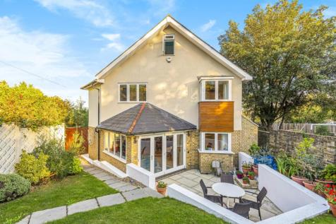 Cheseman Street, Sydenham. 4 bedroom detached house for sale