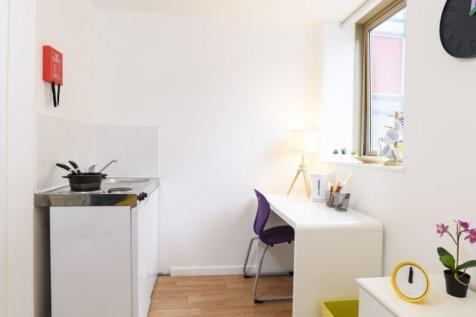 BOURNEMOUTH STUDIO FLATS £125 PW. Studio flat