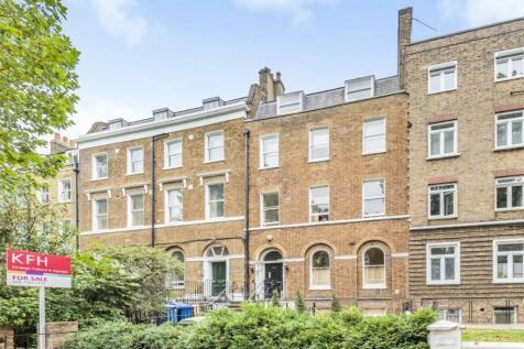 Kennington Park Road, Kennington. 2 bedroom flat for sale