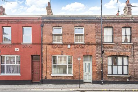 Browning Street, Walworth. 3 bedroom terraced house for sale
