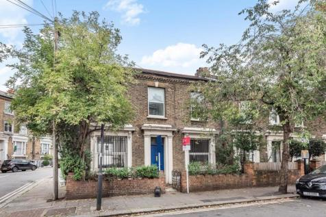 Flaxman Road, Camberwell. 3 bedroom end of terrace house
