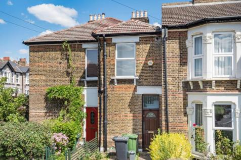 Radford Road, Hither Green. 3 bedroom flat