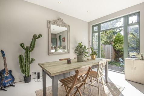 Outram Road, Alexandra Park. 4 bedroom terraced house
