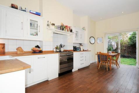 Crofton Road, Camberwell. 3 bedroom terraced house for sale