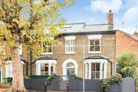 Kimberley Avenue, Nunhead. 4 bedroom end of terrace house for sale
