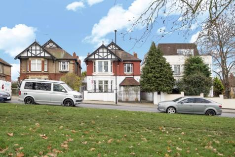 Streatham Common South, Streatham. 5 bedroom detached house for sale