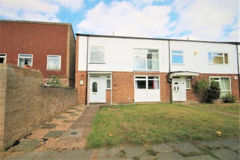 Mary Green Walk, Canterbury. 4 bedroom end of terrace house