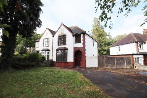 Broadway, Walsall. 3 bedroom semi-detached house