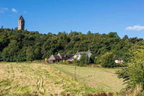 Craigton Farmhouse & Steadings, Stirling FK9 5QN. 4 bedroom farm house