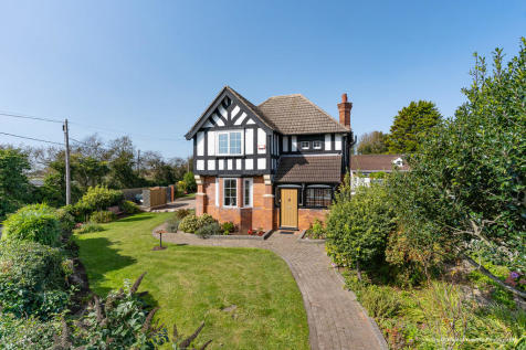 Glandwr, Beach Road, Swanbridge, Penarth, CF64 5UG. 6 bedroom detached house for sale