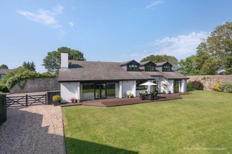 Nash, Near Cowbridge, Vale of Glamorgan, CF71 7NS. 5 bedroom detached house