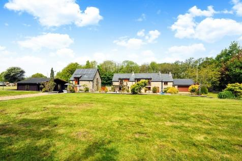 Abbey Road, Ewenny, Vale of Glamorgan, CF35 5BN. 4 bedroom detached house