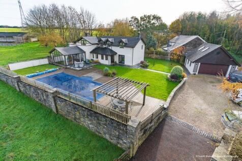 Burton Hill, East Aberthaw, Vale of Glamorgan, CF62 3JB. 3 bedroom detached house for sale