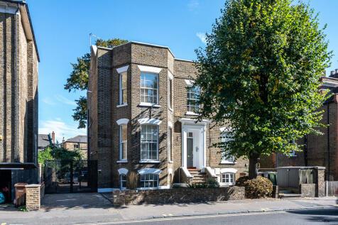 Dalston Lane, Hackney. 3 bedroom apartment