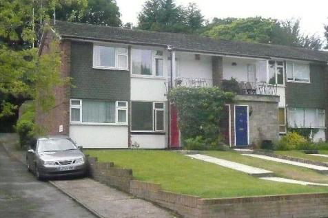 Lower Camden, Chislehurst. 2 bedroom maisonette