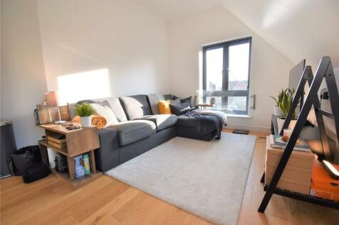 Norfolk Road, Maidenhead, Berkshire, SL6. 2 bedroom apartment