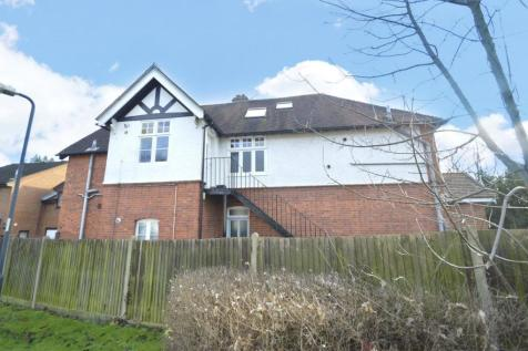 Kings Grove, Maidenhead, Berkshire, SL6. 2 bedroom house