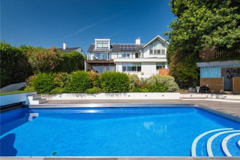 Hill Brow, Hove, East Sussex, BN3. 5 bedroom detached house for sale