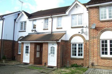 Shaw Drive, Walton-On-Thames. 1 bedroom flat