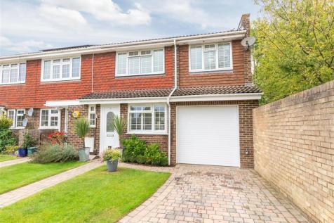 Mayfield Close, Hersham, Walton-On-Thames. 4 bedroom end of terrace house for sale