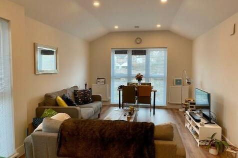 St Johns Hill, Sevenoaks, TN13. 2 bedroom apartment