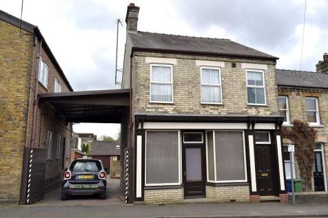 Godesdone Road. Cambridge. 4 bedroom end of terrace house