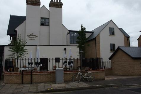 Beechwood House, Malta Road. 1 bedroom flat