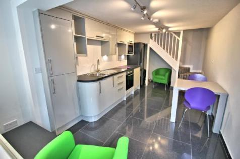 The Studio, Stanley Street, Bedford. 1 bedroom flat