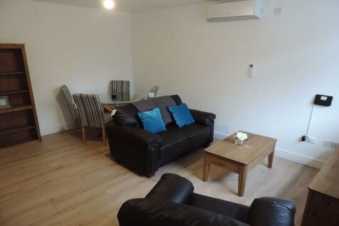 Flat 8, Lincoln Road, PE1 2SR. 1 bedroom apartment