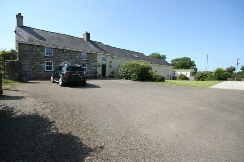 Talwrn, Llangefni, Anglesey. 6 bedroom farm house