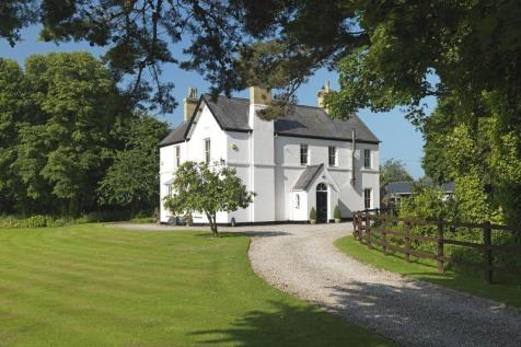 Dwyran, Anglesey. 4 bedroom country house