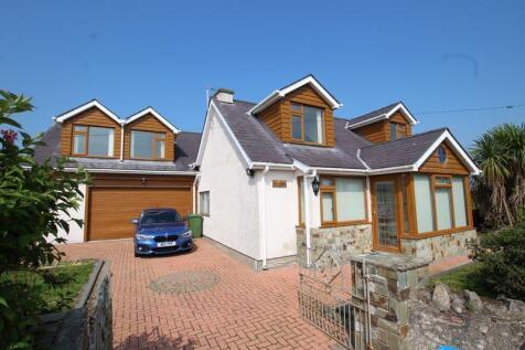 Llangwyllog, Anglesey. 5 bedroom detached house