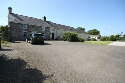 Talwrn, Llangefni, Anglesey. 6 bedroom farm house for sale