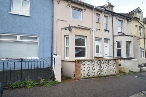 Manor Road, Hastings. 2 bedroom maisonette
